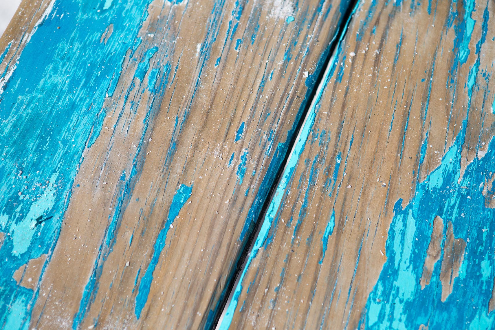 worn wooden painted plank, shot by Steven P. Widoff, editorial, lifestyle and advertising commercial photographer in Tampa, Florida.
